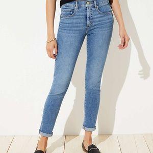LOFT Curvy Skinny Mid Indigo Wash Jeans